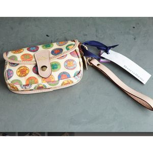SMALL DOONEY + BOURKE  WRISTLET BAG WITH  DOTS